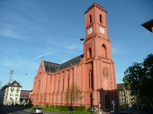 Eglise-Rouge